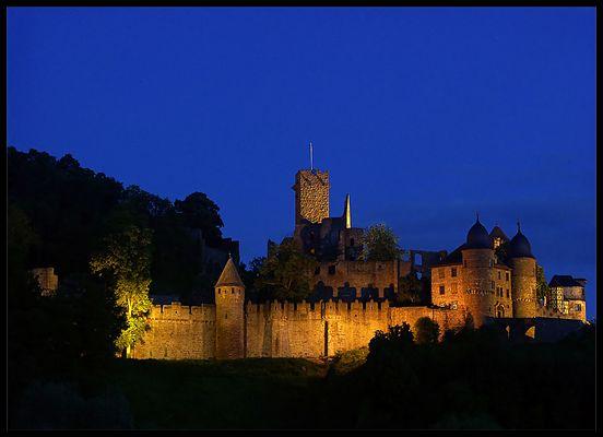 Burg Wertheim bei Nacht