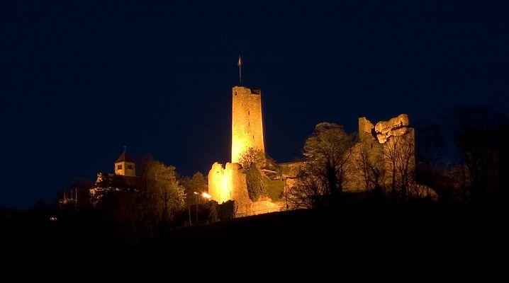 Burg zu Weinheim bei Nacht