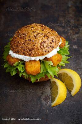 Burger mit Fischstäbchen