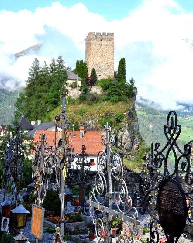 Burgruine in Ladis