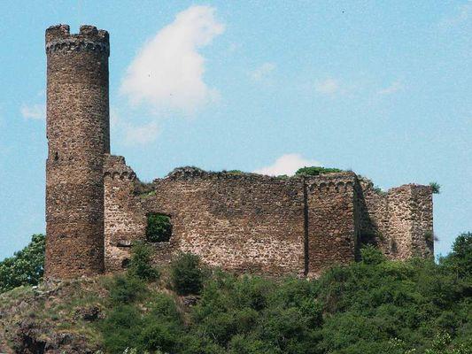 Burgruine noch ohne Namen