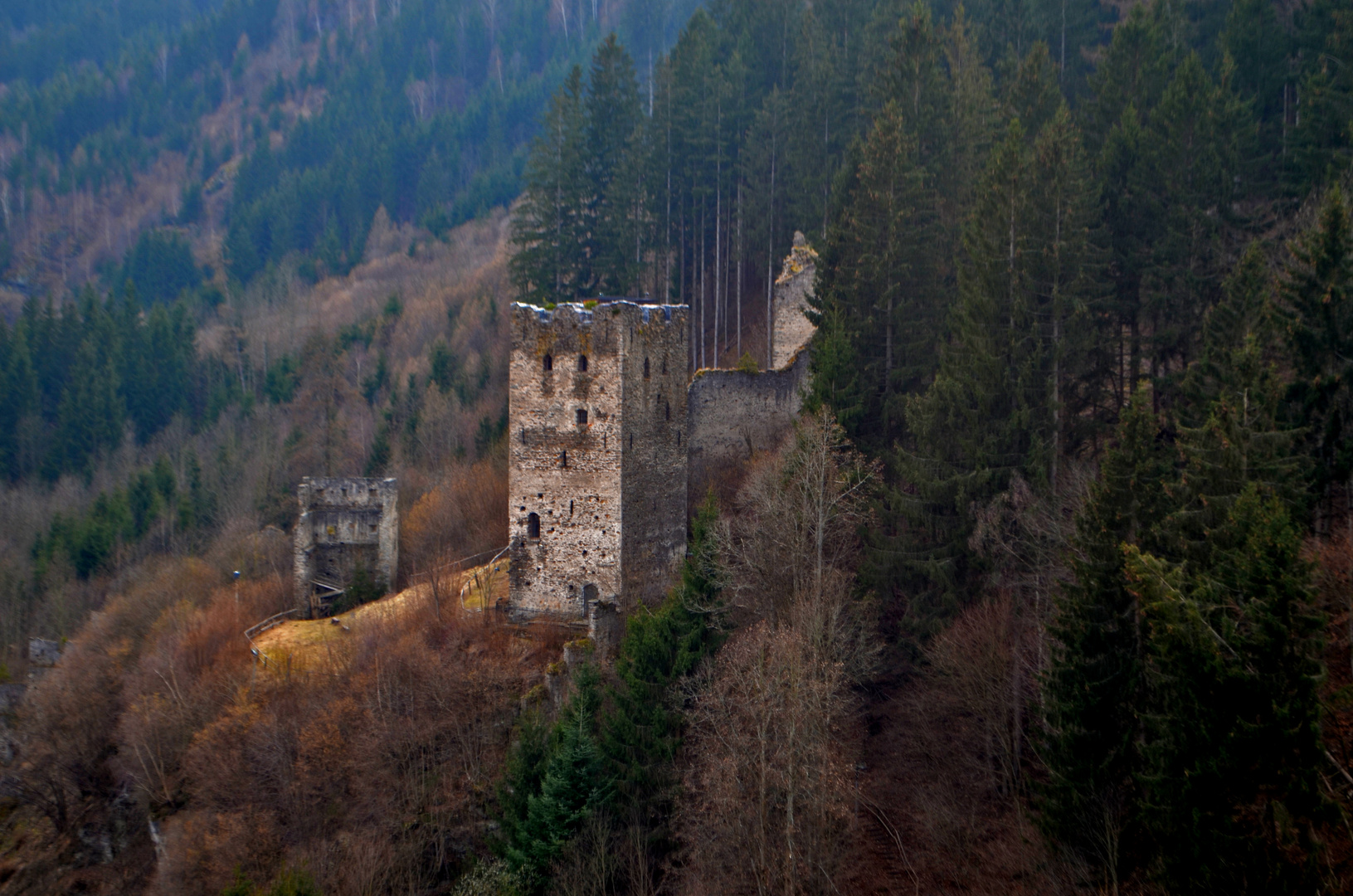Burgruine ob Friesach in Kärnten
