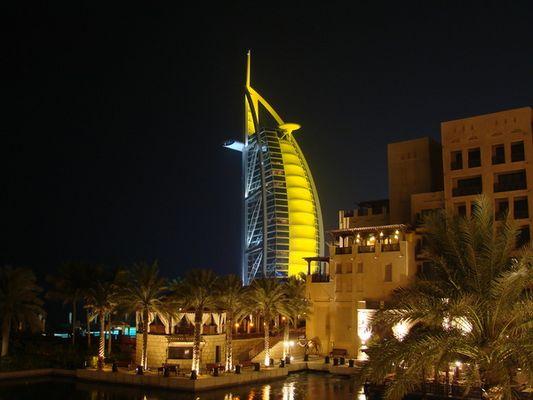 Burj Al Arab mit Souk Madinat 2