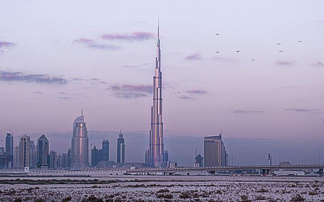 Burj Khalifa vor Sonnenaufgang