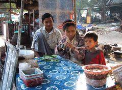 Burmesisches Familienfoto
