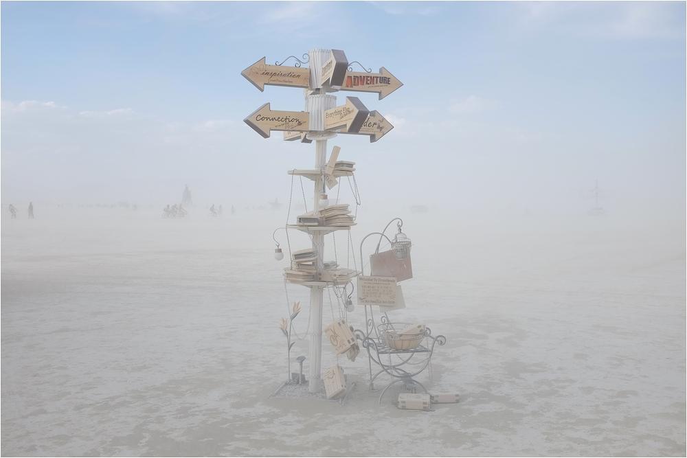 Burning Man 2014 - Signpost