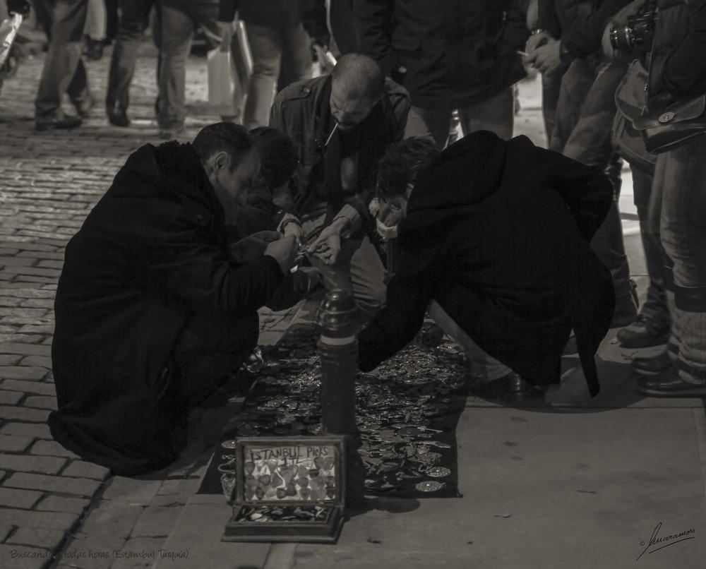 Buscando a todas horas (Estambul Turquía)