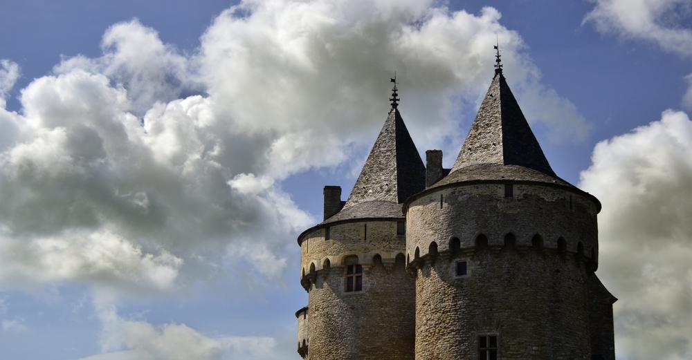 ...buscando en los castillos...