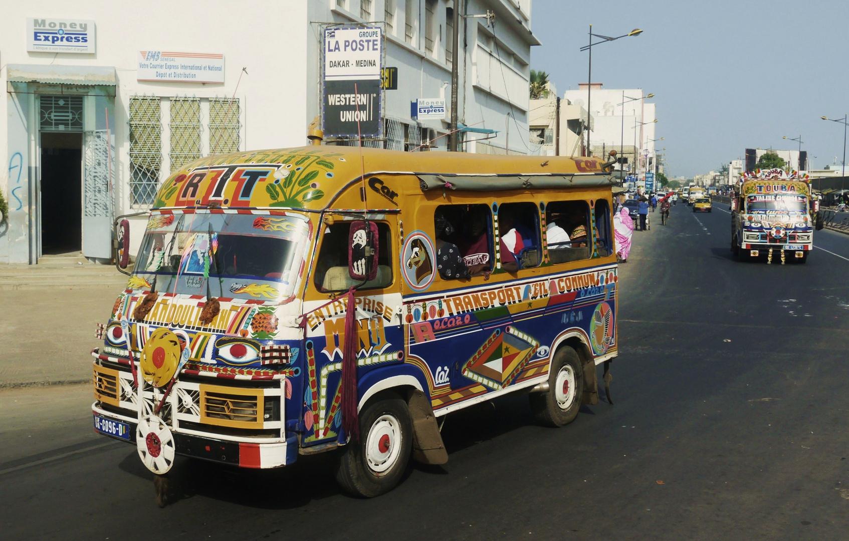 Busch-Taxis in Dakar/Senegal
