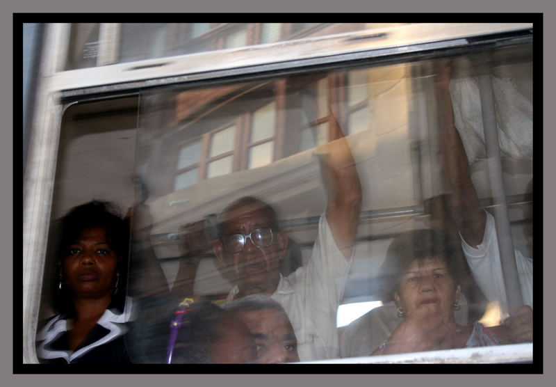 Busfahrt in Santiago de Cuba