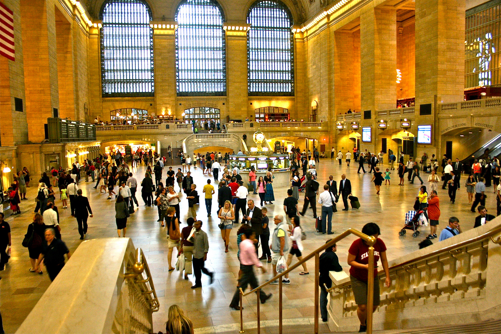 Busy Grand Central Terminal New York