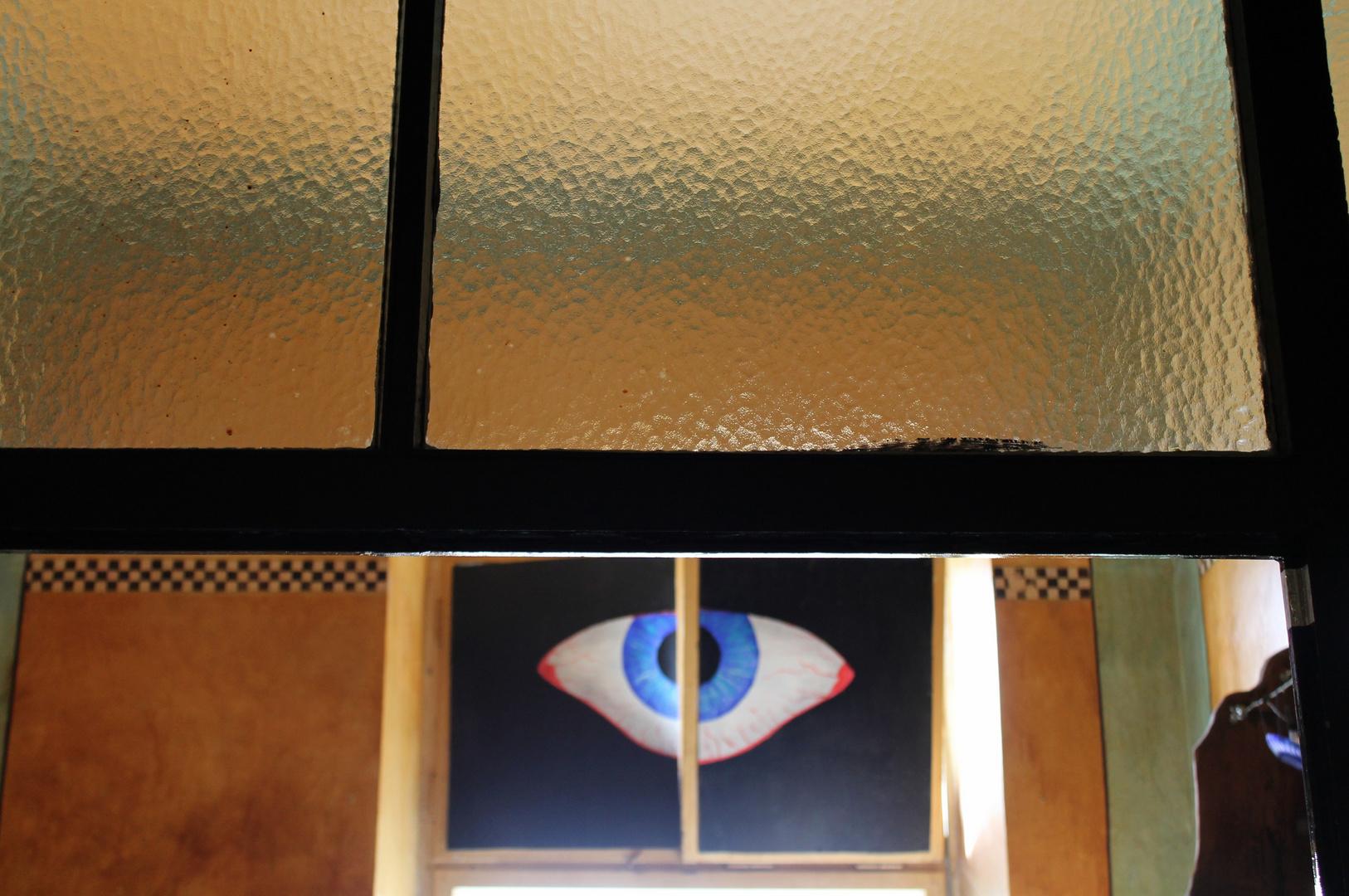 Butterflyeye - Bild in einer ehemaligen Künstlerkneipe in einem Bahnhofsgebäude