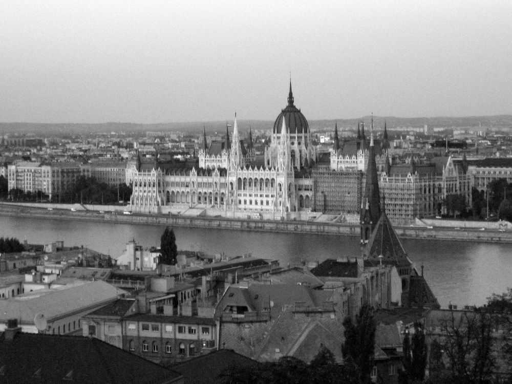 B&W Budapest