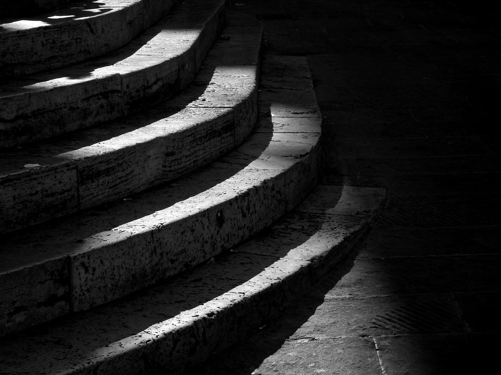 B&W Steps