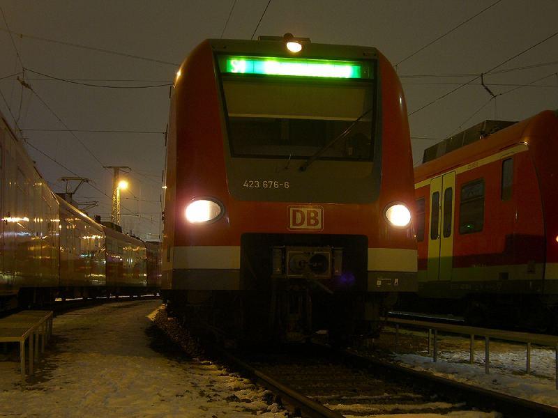 [BY] 423 176 in München-Steinhausen