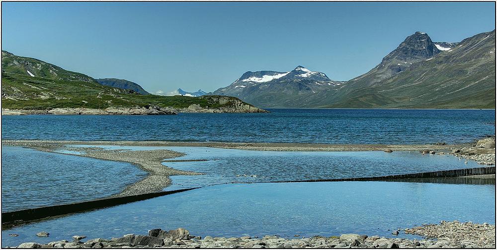 Bygdin-See mit Blick auf das Jutunheimen-Gebirge : Norwegenreise 2013 ( HDR )