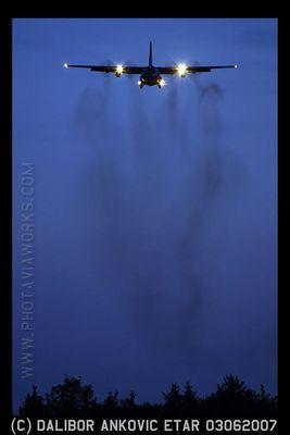 C-130H in der blauen Stunde