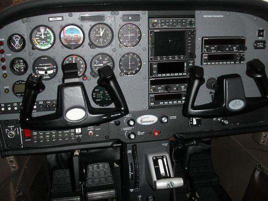 C172 Cockpit auf der AERO