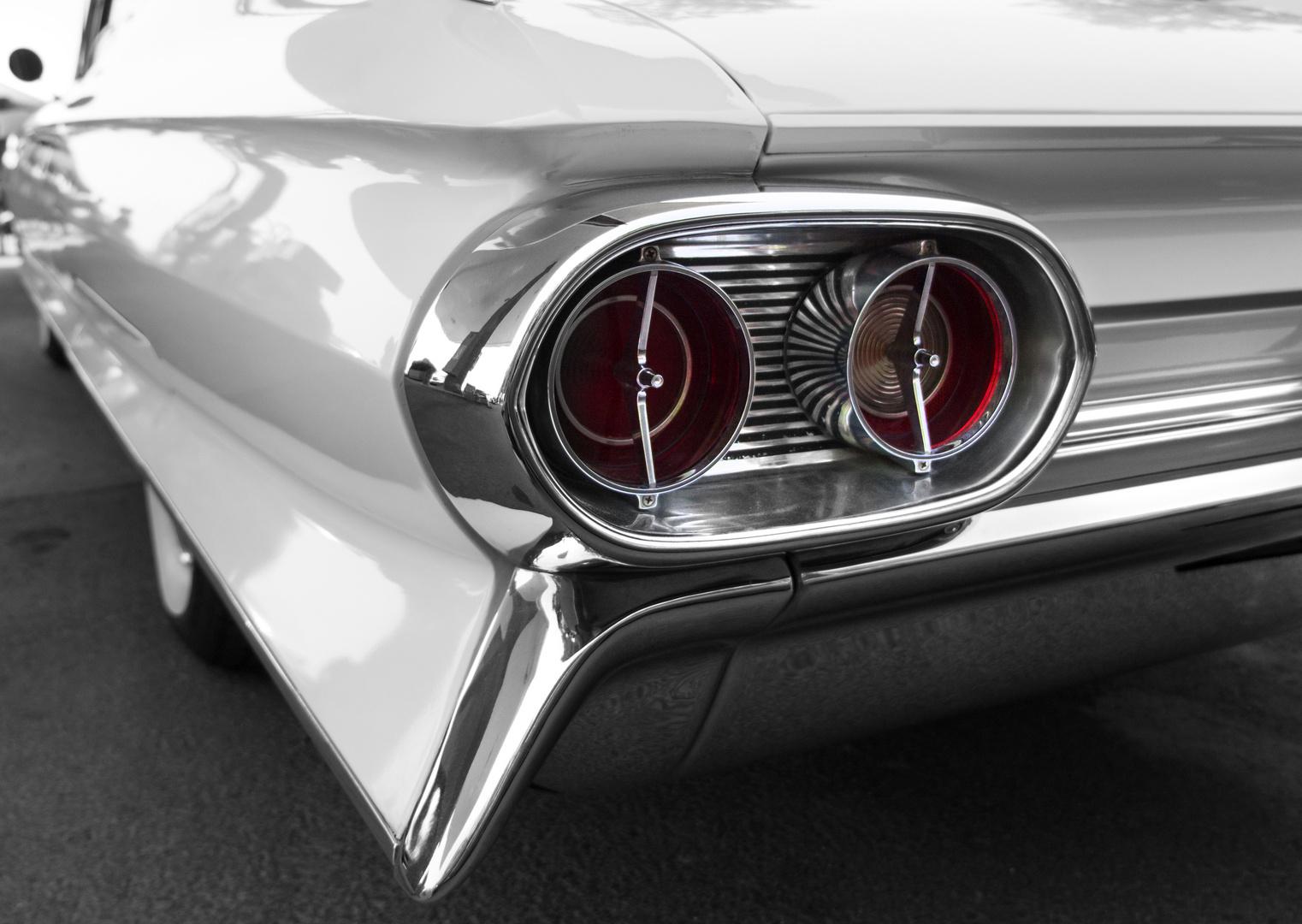 Cadillac Fleetwood 1