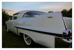 Cadillac mit Fluegel