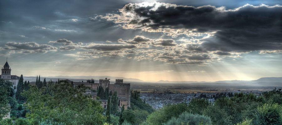Cae la tarde en Granada