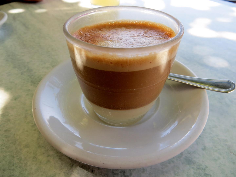 Café Cortado leche y leche....immer eine Reise wert :-)