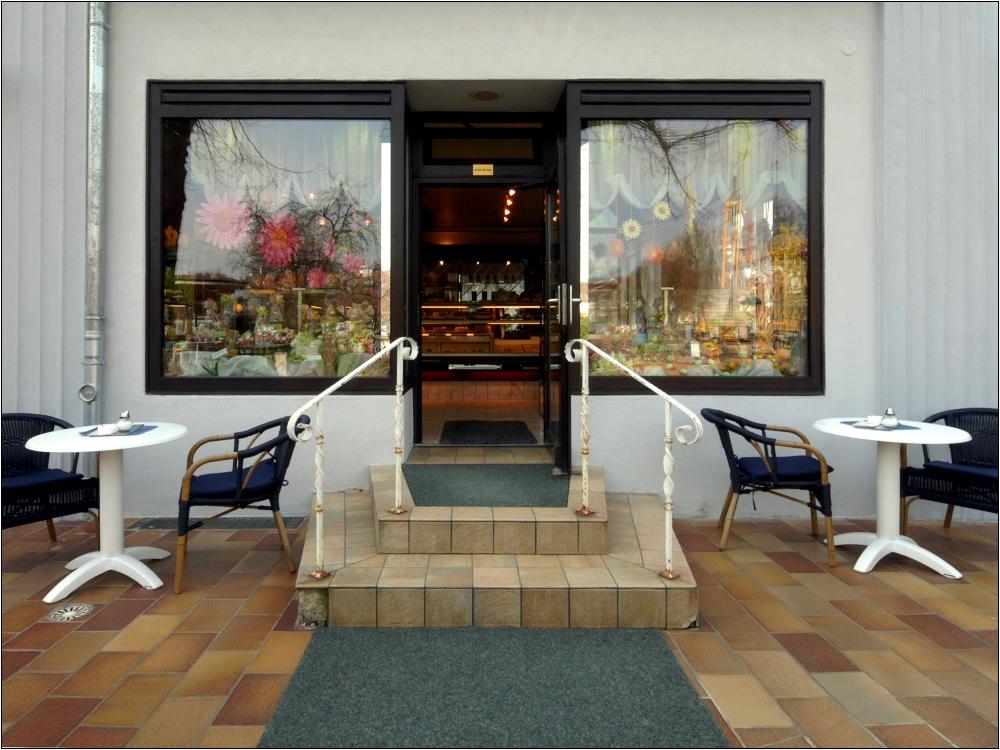 Cafe Nr. 2