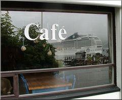 ** Café  or The Ghost Ship ? **