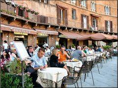 Caffè in Piazza del Campo a Siena