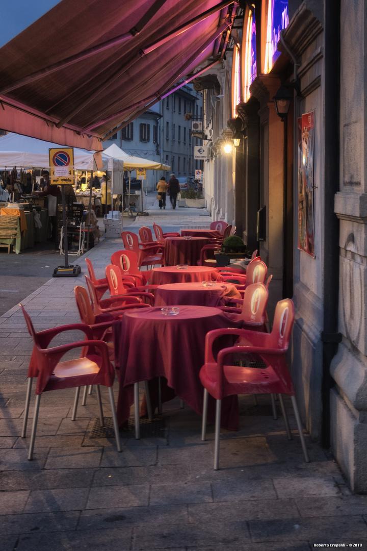Caffetteria in Viale Giacomo Matteotti, Pavia