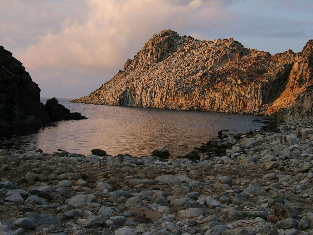 Cala fico ,Isola di S. Pietro (Dedicata a Luigi Rombi)