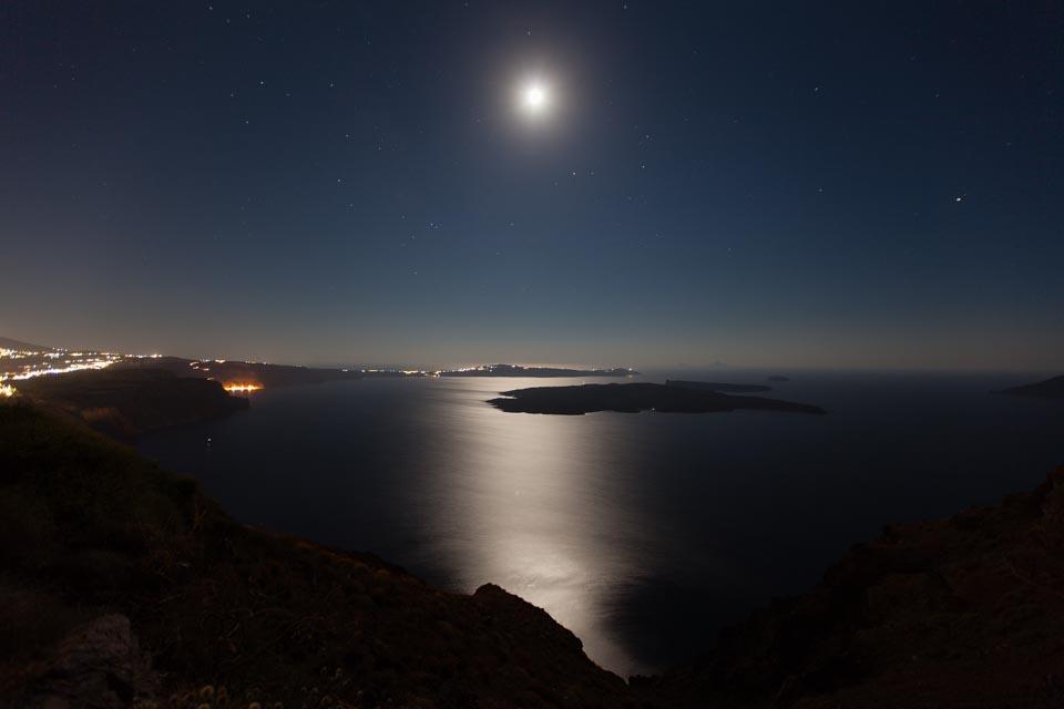 Caldera bei Nacht