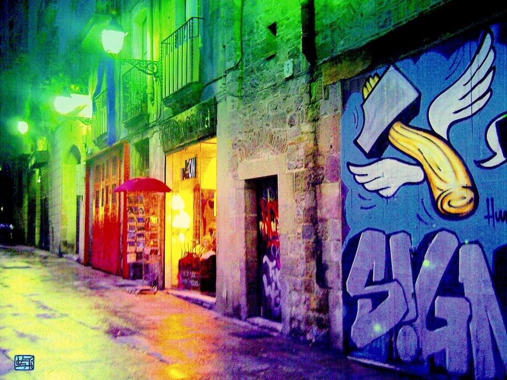 Calle y plaza después de la lluvia en Ciutat Vella -Barcelona