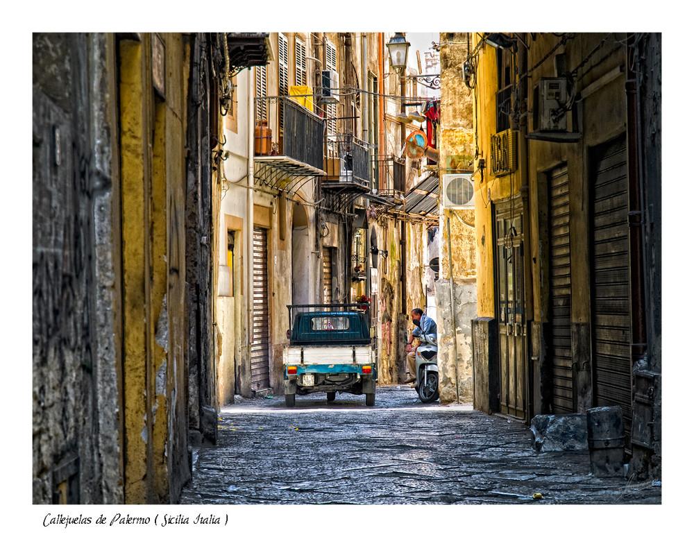 Callejuelas de Palermo ( Sicilia Italia )