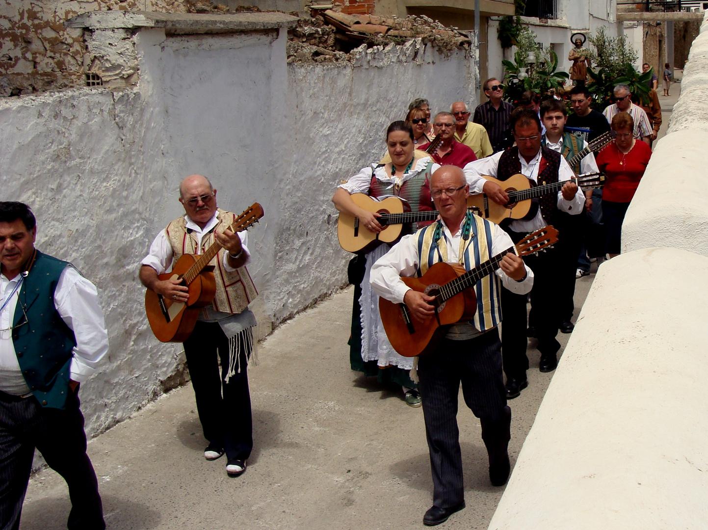 Calles et la fête de Sta. Quiteria..04