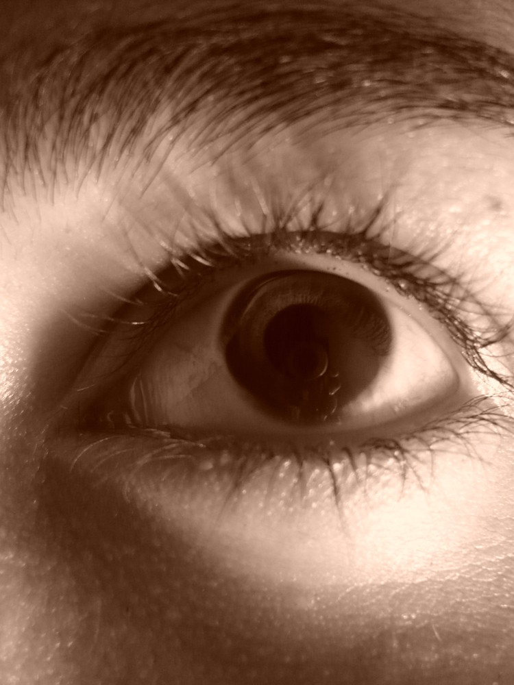 cam in the eye