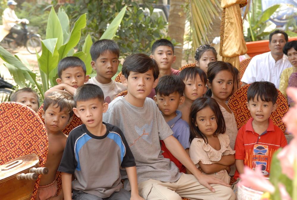 Cambodge 2006 les voisins curieux