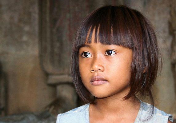 [ … Cambodian Beauty ]