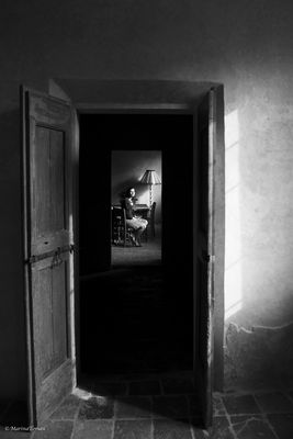 Camilla...oltre la porta