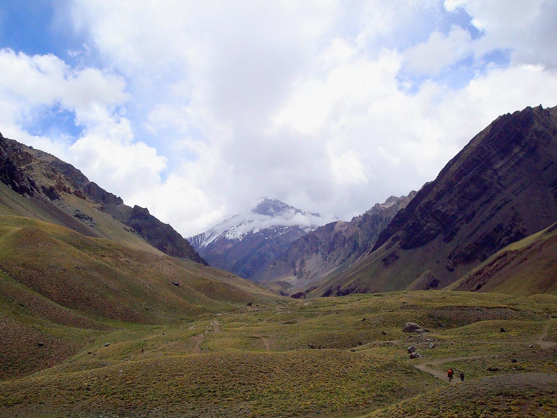 Camino al Aconcagua, 6.692 mts/s/mar. Provincia de Mendoza, Argentina