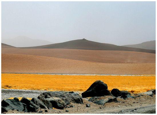 Camino, prado, rio, montaña, montaña, más montañas.....cielo...