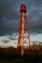 Campener Leuchtturm in der Abendsonne