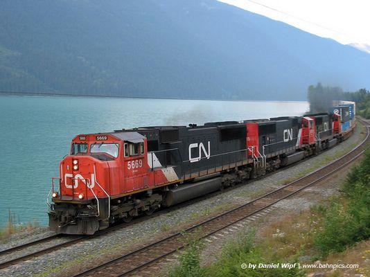 Canadian Lake Train