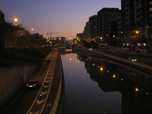 canal du midi en direction du port