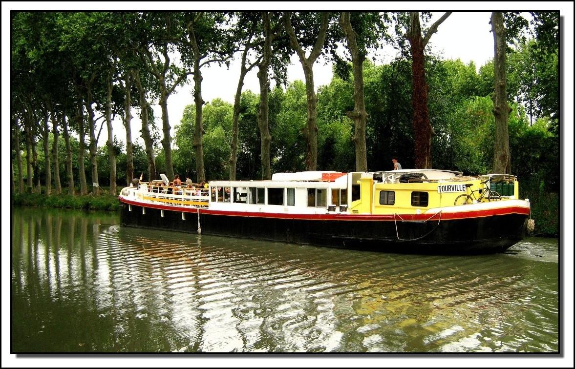 Canal du Midi (tourisme fluvial)