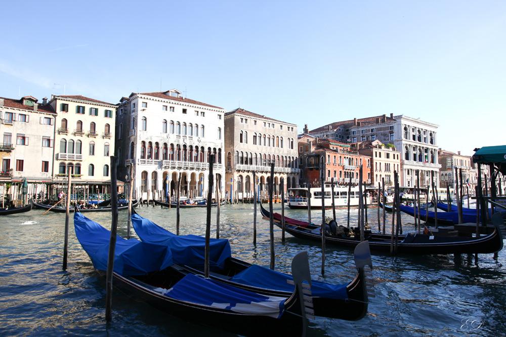 Canal Grande mit Gondeln