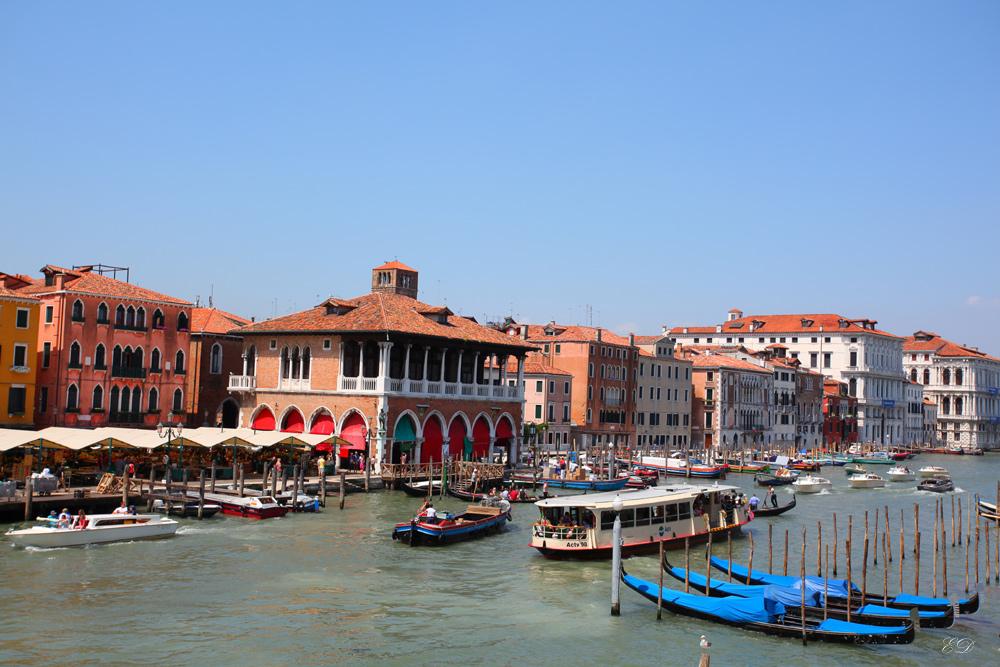 Canal Grande mit Linienschiff