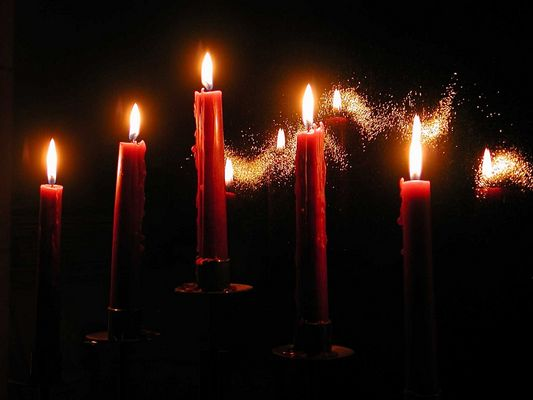 - Candlelightfeeling -