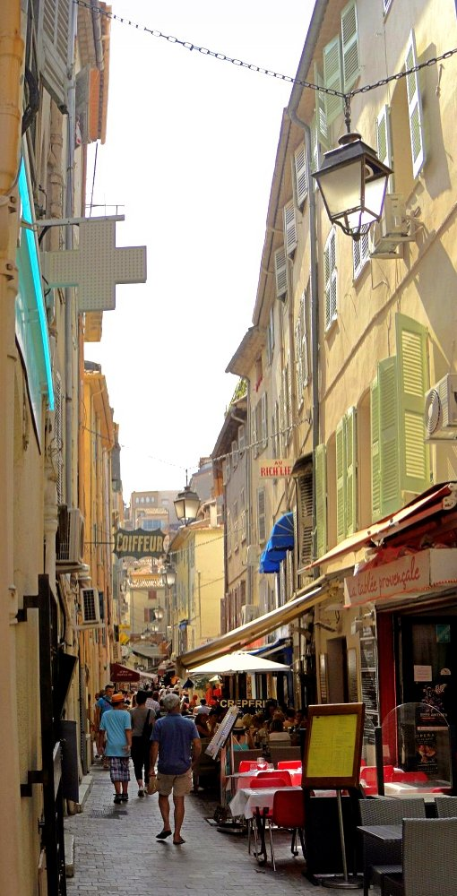 Cannes - Rue Meynadier