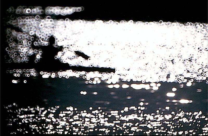 canoa in controluce